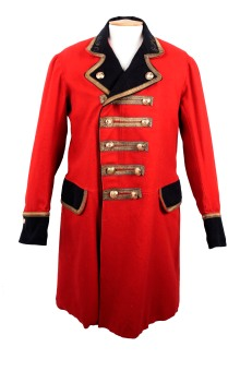 A red Mail guard's frock coat, with gold trim and buttons, and black collar, cuffs and pocket flaps.