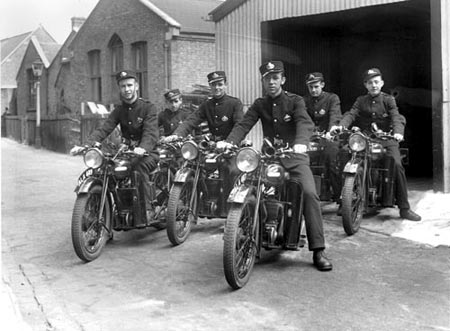 Messengers on motorcycles, 1934