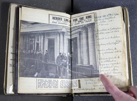 A newspaper article in Gurr's scrapbook about the Salvage Squad meeting George VI