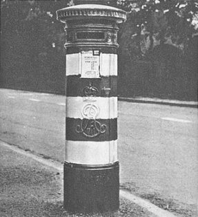 Pillar box in Birkenhead painted with three white lines, 1938