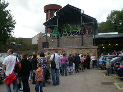 Queues to get in to Blists Hill