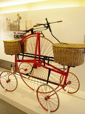 The Hen & Chicks pentacycle, which was trailed for mail delivery in Horsham, Sussex in 1882