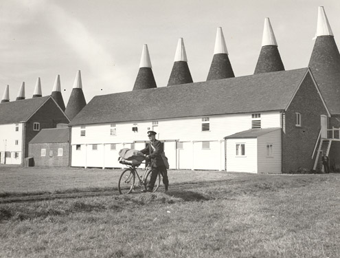 Among the Oasthouses, Kent, 1935 (POST 118/1151)