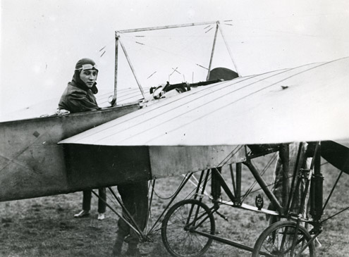 Coronation Aerial Post - Gustav Hamel in his Bleriot XI, 9 September 1911. (POST 118/5738)