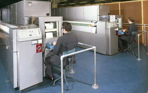 King Edward Building - two keyboard operators at Single Position Letter Sorting Machine (SPLSM), November 1971 (POST 118/6024)