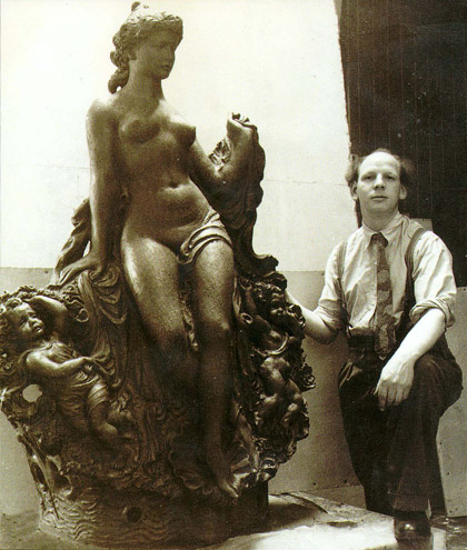 Machin next to his terracotta figure Spring at the Royal Academy Summer exhibition 1947.