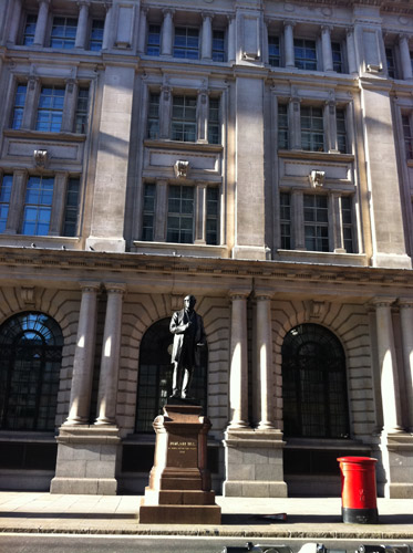 See the sights of postal London on our walking tours.