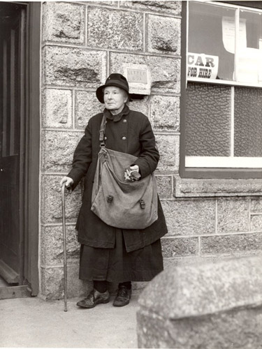 Mrs P. L. Matthews, Cornwall's oldest postwoman, 1935. (POST 118/231)