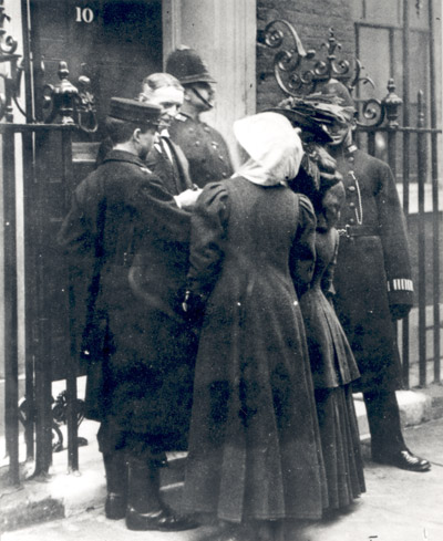 A.S. Palmer delivers Miss Solomon and Miss McLellan to 10 Downing Street, 23rd February 1909.
