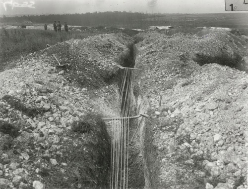 Telegraph lines in the trenches. (POST 56/6)