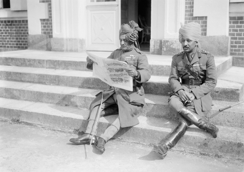Lieutenant-General Sir Pratap Singh and the Rajah of Ratlam, at Sir Douglas Haig's Chateau in Montreuil, 17th June 1916 © IWM (Q 692))