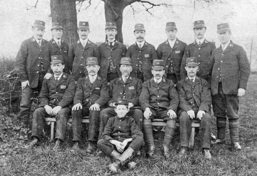 Dursley Postmen 1900